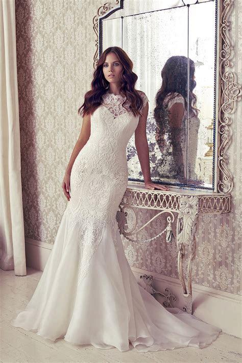 Suzanne Neville Pagani Size 14 Wedding Dress on sale at £1700