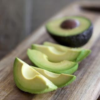 http://support.karangkraf.com/editorial/vk/TAHUN%202016/Mac/7/Avocado-Recipes.jpg