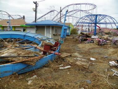 Hurricane Sandy destruction in Keansburg, Atlantic Highlands and more.zip