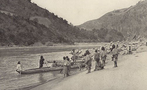 Dugout canoes on the Salwin (Nujiang), 1925