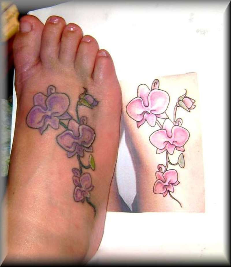 Small Flowers Tattoo On The Right Foot Tattoos Book 65000