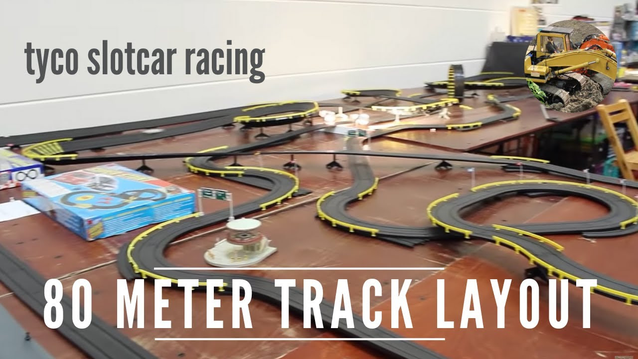 Slot cars race tracks