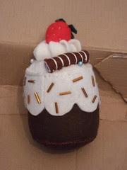 Cup cake pincushion