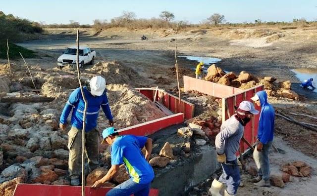 É  iniciada nova fase de construção  da passagem molhada, na localidade Passagem  da Negra