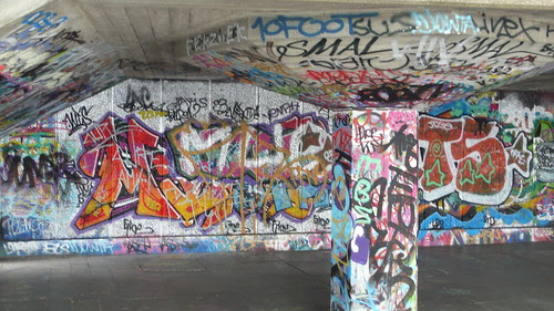 South of the Thames and the Graffitti Grotto 002