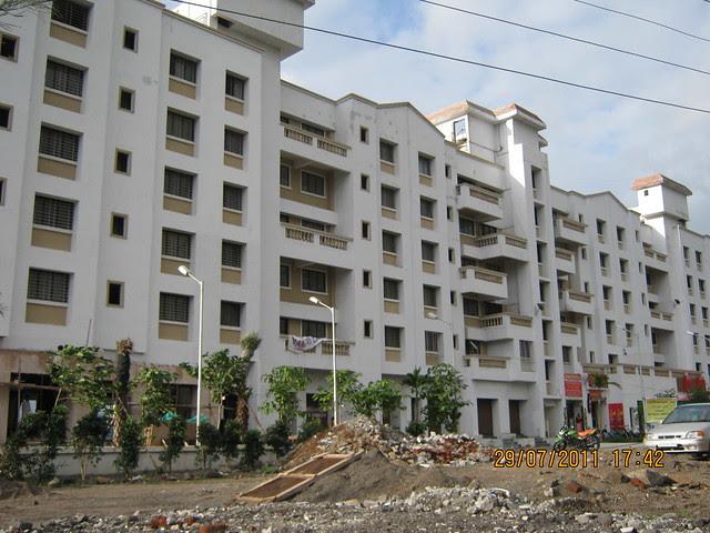 Mantri Lavendula - Visit to Paranjape Schemes' Gloria Grace, 2 BHK & 3 BHK Flats, at Bavdhan, on Paud Road, Kothrud Annexe, Pune