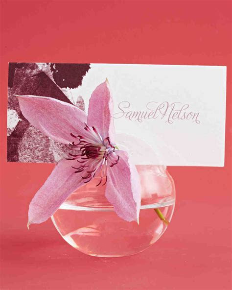 Wedding Place Card Holder Ideas That Add a Personal Touch