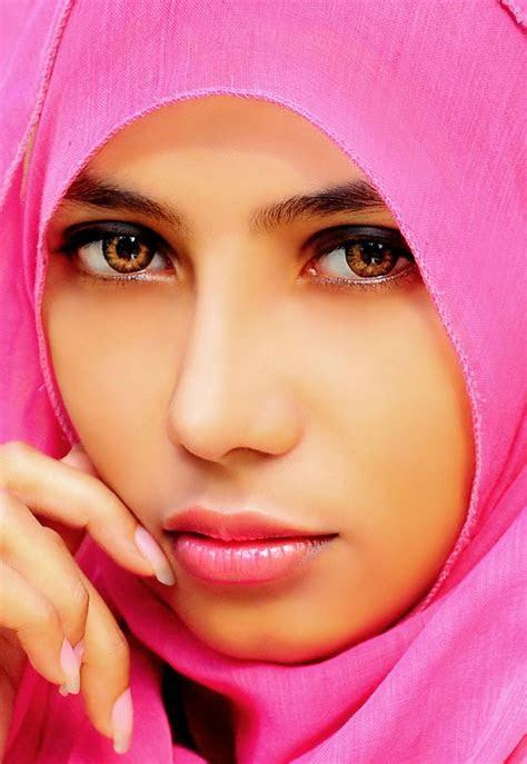 koleksi foto wanita cantik  jilbab artikel ilmiah
