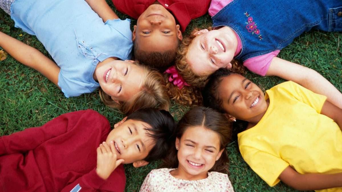 http://im2.7job.gr/sites/default/files/imagecache/1200x675/article/2017/25/231251-kids.jpg