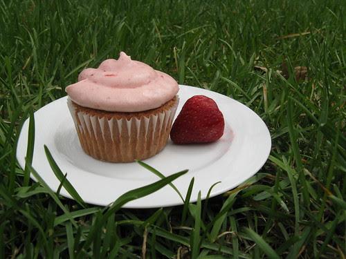 Strawberry Balsamic Cupcake