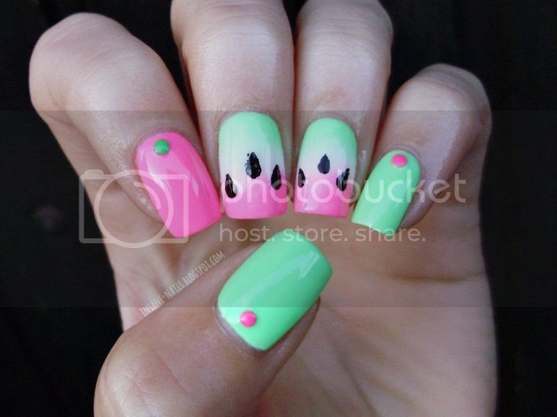 photo watermelon-gradient-nails-1_zpsb64177b4.jpg