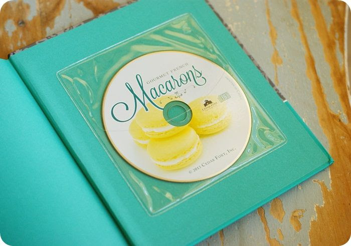 macarons book cd photo macaronsbookcd.jpg