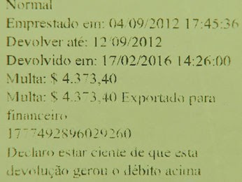 Aluno foi multado em R$ 4,3 mil após devolver livro com quase 4 anos de atraso (Foto: Reprodução/TVCA)