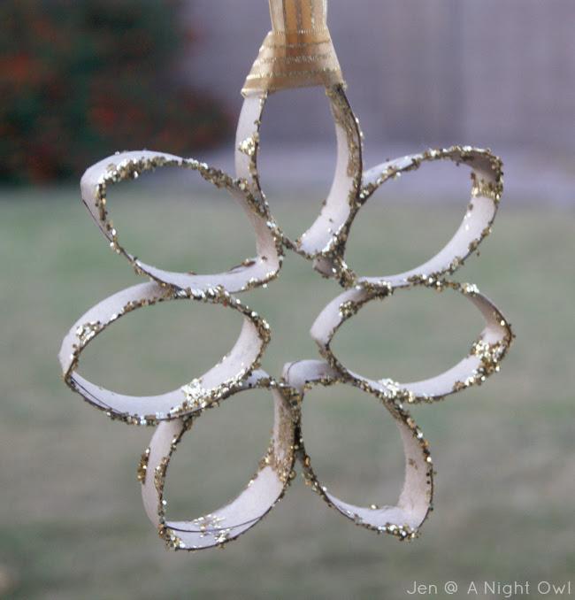 Trim Your Tree} DIY Snowflake Ornament - A Night Owl Blog