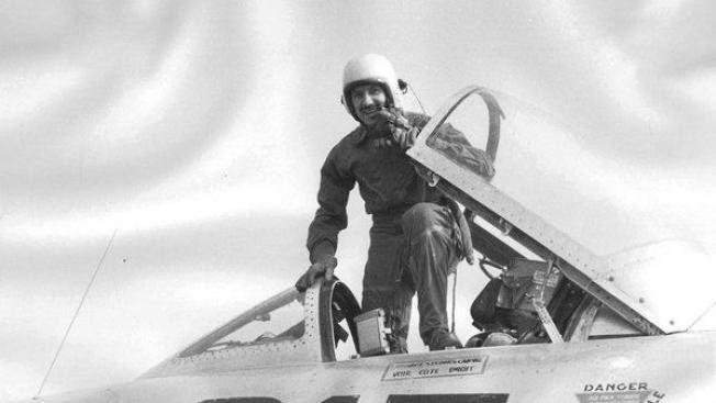 El comandante Demetrio Zorita Alonso, militar berciano que el 5 de marzo de 1954 se convirtió en el primer español en atravesar la barrera del sonido, en una imagen de archivo.