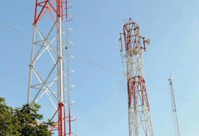 Spectrum trading norms by month-end, says telecom secretary
