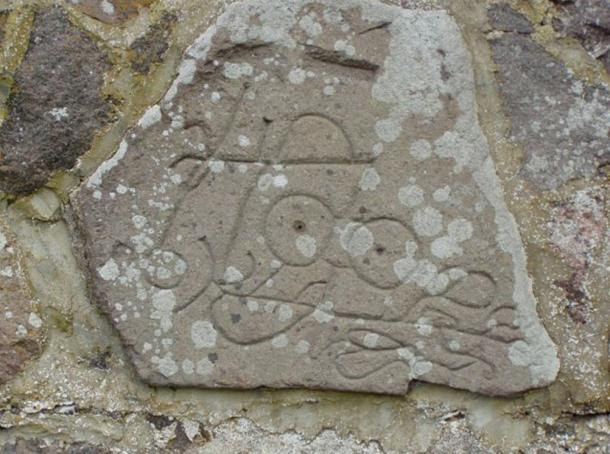 Stone with Pictish carving found at Dunnicaer hill fort