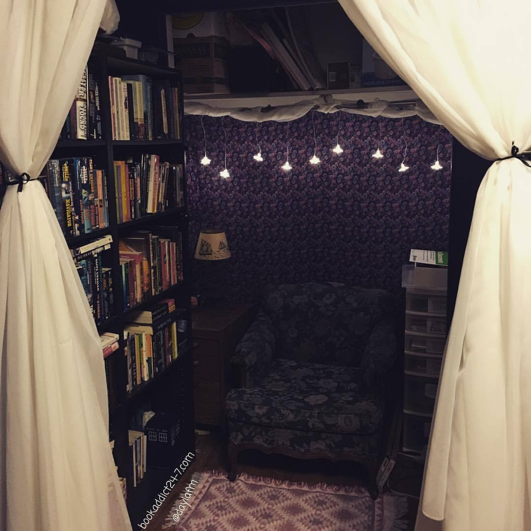 @rebecca_the_archer has some beautiful spots in her personal library!