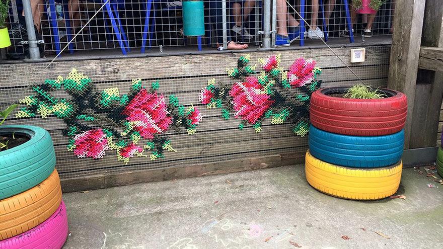 -Stitch-rue-installations floral-cross-raquel-rodrigo -13