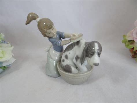 "Vintage 1980s Lladro Figurine ""Bashful Bather"" 5455"