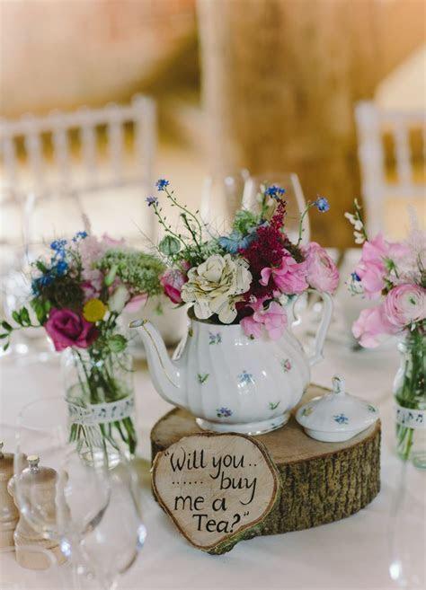 35 Vintage Teapot and Teacup Wedding Ideas   Rustic