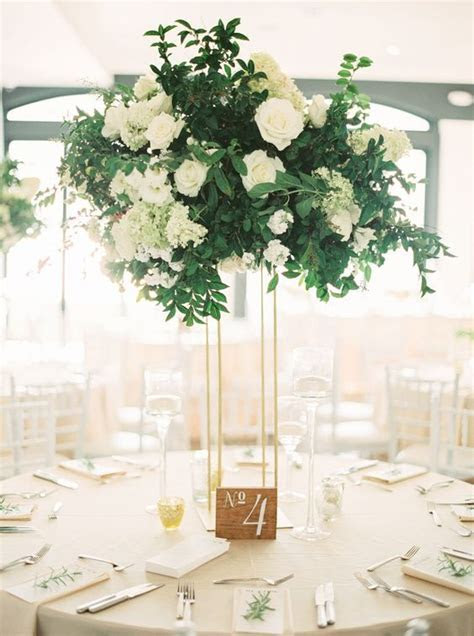 30 Sophisticated Tall Wedding Centerpieces   crazyforus