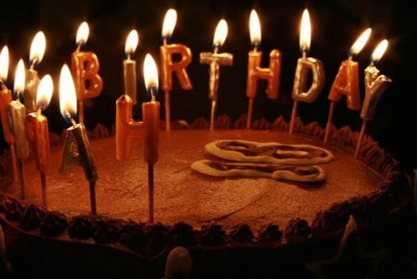 Resultado de imagem para imagens bolo de aniversário