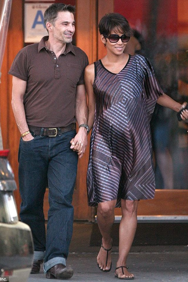 Halle Berry with fiancé Olivier Martinez