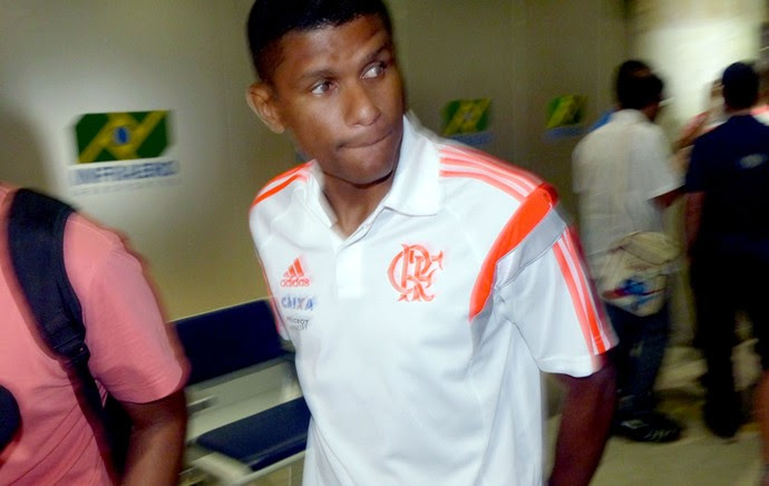 Desembarque Flamengo - Márcio Araújo (Foto: Cahê Mota)