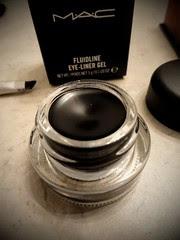 M.A.C Fluidline Eye-Liner Gel