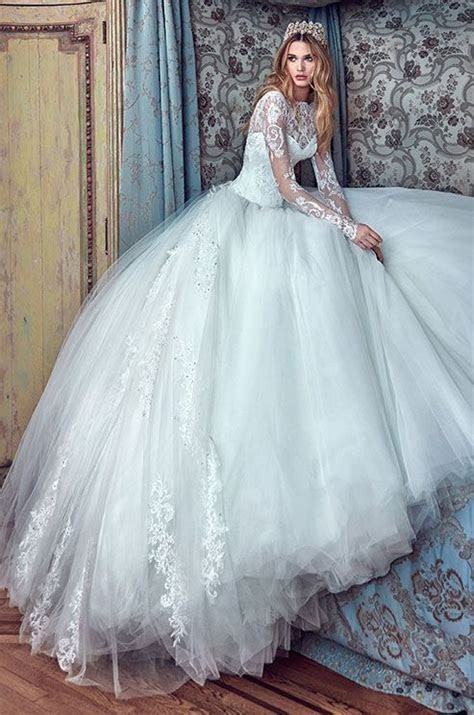 Princess ball gown with sweetheart corset, full skirt and