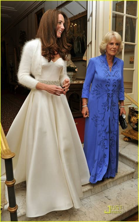 StyLe MiRoiR: Kate Middleton: Second Dress