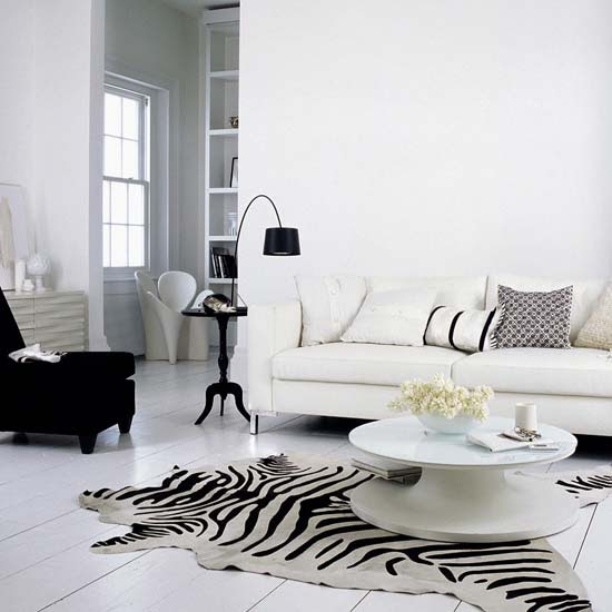 Natural Classic White Living Room Style