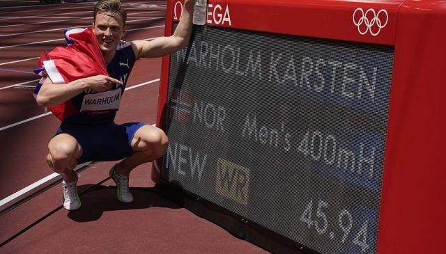 ஒலிம்பிக்கில், நோர்வே தடகள வீரர் 400 மீட்டர் தடை ஓட்டத்தில் உலக சாதனை படைத்தார் …!