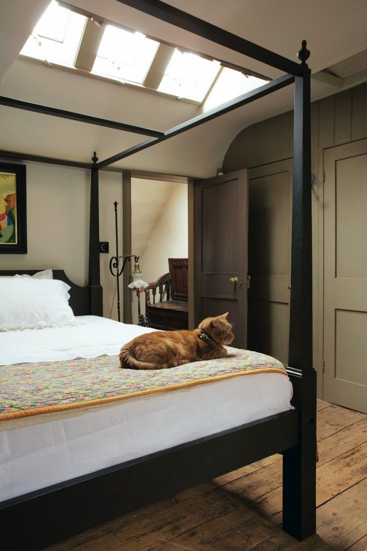 Farrow and Ball Mouse's Back fitted wardrobes in bedroom