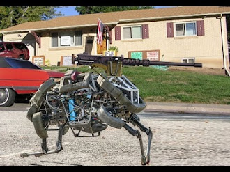 Military Robots / Robots Militares