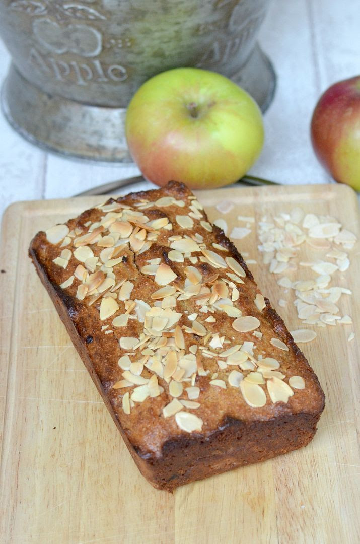 Sugar & Gluten Free Apple & Almond Cake
