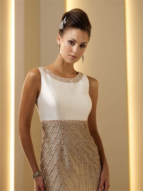 Mother of the Bride Dresses     Neckline Mother of the