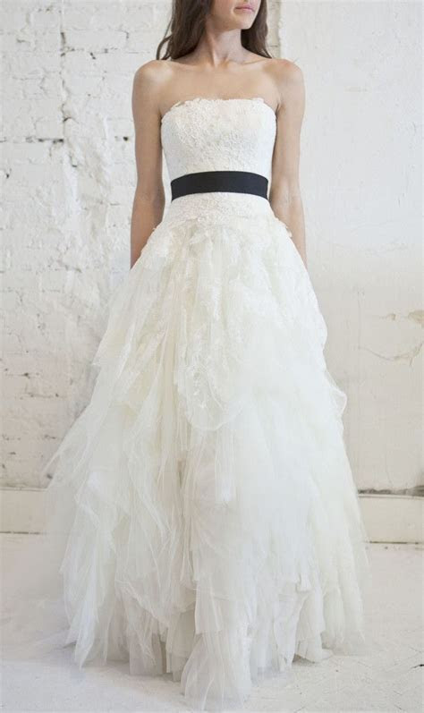 Vera Wang 'Eliza' Lace & Tulle Princess Gown was $11,000