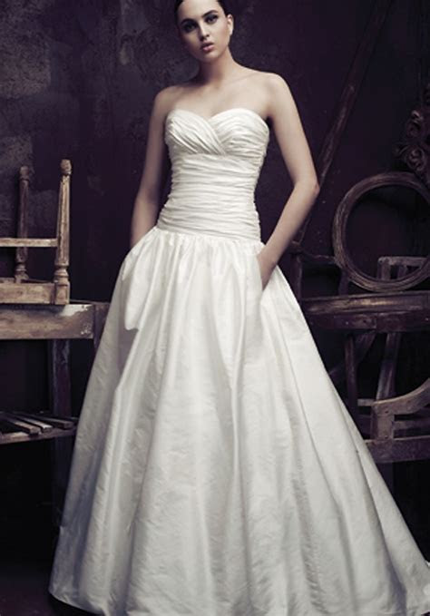 Cheap Wedding Gowns Online Blog: Paloma Blanca Wedding Gowns