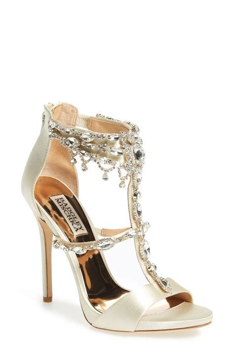 787 best images about Bridal Shoes on Pinterest   Glitter