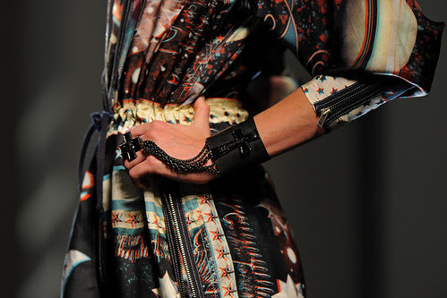 Jean+Paul+Gaultier+Runway+Paris+Fashion+Week+wYQyAe5csLfl
