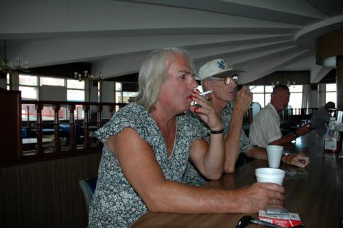 couple at counter at howard johnsonsweb