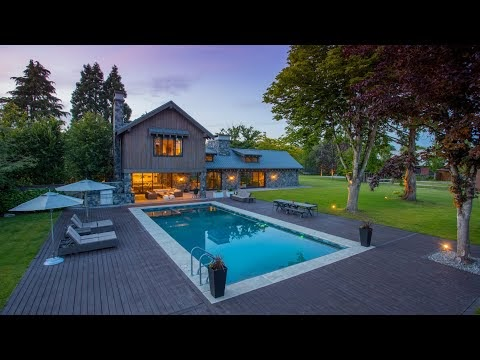 Napa Valley-Inspired Luxury Estate in the Heart of Vancouver