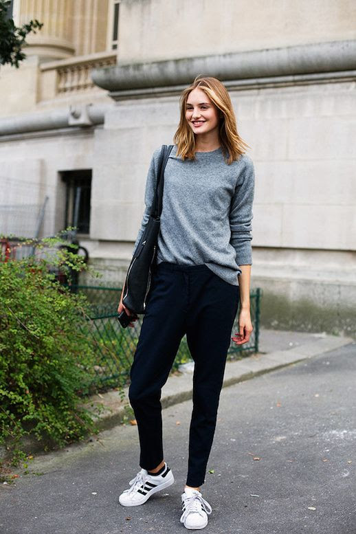 Le Fashion Blog 25 Ways To Wear Adidas Sneakers Grey Sweater Slouchy Pants Original Superstar Street Style Via Vogue Spain