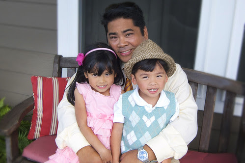 Dad and the kids by erickpineda527
