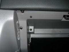 2007-08-05 Cabin Air Filer Installation (7)