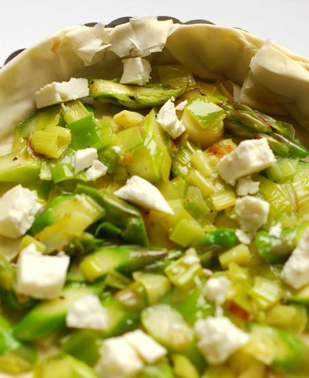 leek, asparagus and goat feta tarts© by Haalo