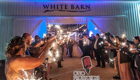 Wedding Sparklers: A Perfect Grand Exit