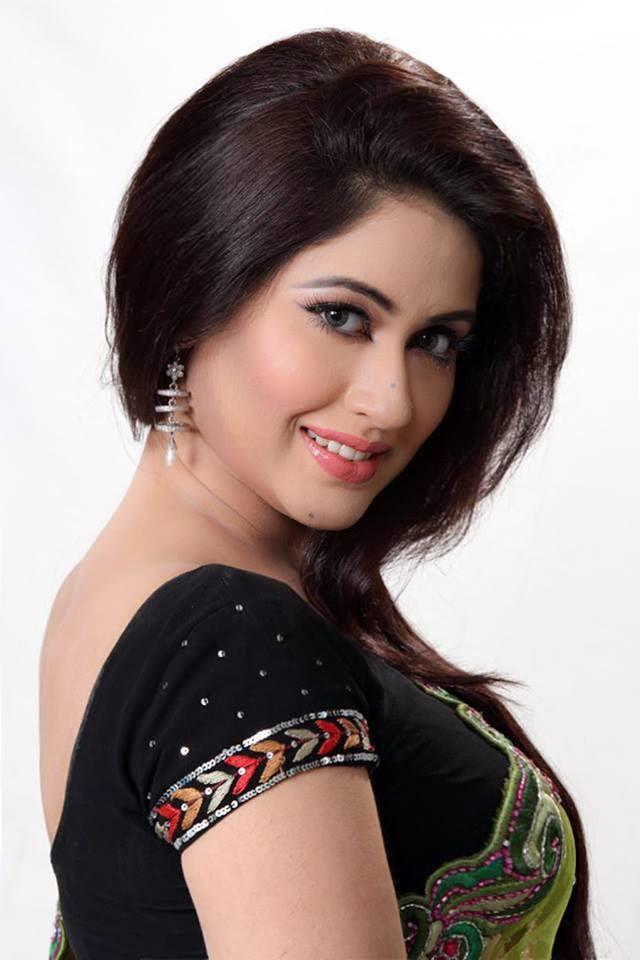 Bobby: Bangladeshi Model & Actress Photo Wallpapers